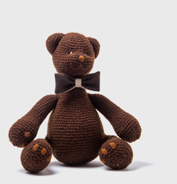 Dark chocolate(with the little pocket behind the bear' tie ,where is a little note inside) In stock